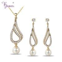 indische perlenschmucksachen großhandel-Indischen Schmuck Gold Farbe Halskette Ohrringe Set Kristall Simulierte Perle Partei Schmuck Sets Engagement Geschenk