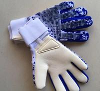 bot futbol markası toptan satış-Profesyonel kaleci eldivenleri marka kaleci futbol ekipmanları futbol çizmeler jersey luvas toptan drop shipping tedarikçisi