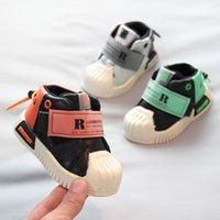 sapatas de passeio das meninas primeiras venda por atacado-Designer 0-1 Anos pequeno do bebê Primeiros caminhantes criança Sapatilhas Crianças de algodão quente sapatos respirável Meninos Natal meninas andam Shoes Crianças