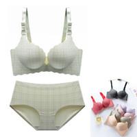 518716c88 Conjunto de Sutiã Sexy Para As Mulheres Sem Costura Calcinha Lingerie  Conjunto Briefs Cueca Set Fio Bralette Xadrez 3D Copo Push Up Bra  D