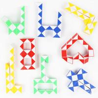 juegos de fedex gratis al por mayor-Mini Magic Snake 4 colores Creativo Cambiable para niño cuadrado Magic Cube Puzzle juego Twisty Stress Reliever Snake Toys Free TNT Fedex
