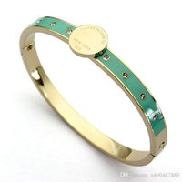 neue stilvolle armbänder großhandel-Hochwertige Edelstahlarmband 18K Rose T Brief Armband mit Staubbeutel und Box für stilvolles Paar Geschenk