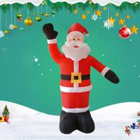 géant gonflable noël achat en gros de-Noël géant gonflable LED Waving Père Noël gonflable 2.4m décoration pour le jardin de vacances Décoration de Noël avec ventilateur