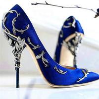 bombas azules para boda al por mayor-Adornado Filigrana Hoja Rosa Oro Royal Blue Stain Pumps So kate Zapatos de vestir Mujeres Ralph Russo Zapatos de novia de boda tamaño 35-42