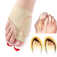 hallux valgus gecesi toptan satış-Büyük Kemik Ortopedik Bunyon Düzeltme Pedikür Çorap gündüz gece Silikon Halluks Valgus Düzeltici Parantez Toes Ayırıcı Ayak Bakımı Aracı SJB004
