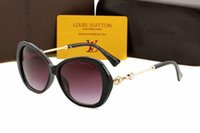 ingrosso occhiali protettivi uv-New Luxury Designer Occhiali da sole per bambini Fashion Round Summer Style Girls Boys Occhiali da sole Kids Beach Supplies UV Protective Eyewear