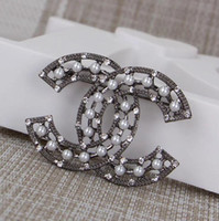 Wholesale top china fashion jewelry resale online - New Christmas gift Top quality Jewelry diamond Camellia Brooch Women fashion pearl brooch box