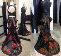 платья возвращения домой оптовых-Черное сексуальное выпускное платье из двух частей русалки Кружевное атласное платье с открытой спиной и скользящим шлейфом Выпускные платья Длинные платья возвращения на родину Макси-платье
