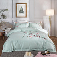 Wholesale queen size western bedding for sale - Group buy Letter Western Style Bedding Bag Suit High Quality Pieces Sheet Bedding Set Fashion Mark Home Textiles Suit king size luxury bedding sets