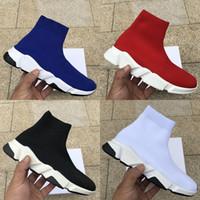 zapatos con cordones bordados chinos al por mayor-moda blanco calcetines velocidad de diseño de lujo negro de zapatos ocasionales Formadores Runner Triple Negro Rojo Botas suela plana zapatillas de deporte 36-45 pesados