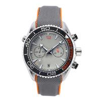 montres fraîches achat en gros de-Nouvelles montres en cours d'exécution Chronomètre de luxe Hommes Montres Cool Montres Étanches Calendrier Quartz Mode Hommes D'affaires Montre