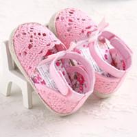 büyük yeni doğan toptan satış-Sevimli Bebek Kız Yenidoğan Ayakkabı Tatlı Mary Jane Ayakkabı Büyük Çiçek Örme Dans Balerin Elbise Pram Beşik Kapalı Ayakkabı