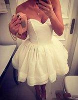 белая короткая коктейльная возлюбленная оптовых-Прекрасный милая шеи мини короткие белые коктейльные платья Homecoming многоуровневая юбка формальные пром платья для особых случаев платья