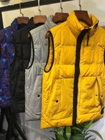 ingrosso cappotto di bambù-Moda mens giubbotti di lusso più nuovi Coat polipropilene Quattro colori cardigan con cerniera casuale famosi modelli del progettista degli uomini donne della tuta sportiva libera la nave