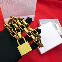 verschlossenes armband großhandel-Europa und Amerika Mode Frauen Schmuck Vergoldet Schloss Anhänger Halskette Armband für Mädchen Frauen für Party Hochzeit