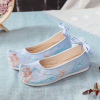 tirer des chaussures achat en gros de-Hot Photo Shoot New Style chinois style floral brodé Chaussures ascenseur Chaussures Vêtements chinois Strong Bow Tissu Soles