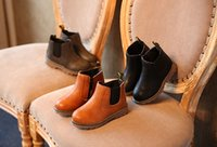 bebek su geçirmez ayakkabılar toptan satış-Bebek Kısa Çizmeler Çocuklar İngiliz Çizmeler Çocuk Retro Martin Çizmeler Su Geçirmez kaymaz Kaşmir Düz Renk Ayakkabı 32