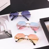 ingrosso occhiali da sole freschi per le ragazze-I più nuovi occhiali da sole per bambini Cool Polygon a forma di esagono Moda Baby Cute Girls Boys Eyewear Bambini Occhiali da sole UV400