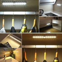 luzes de escada interior venda por atacado-Sem fio PIR Sensor de Movimento LED Sob Gabinete Luz Auto On / Off de Poupança de Energia Interior / Exterior Escada Lâmpada Do Armário Escada