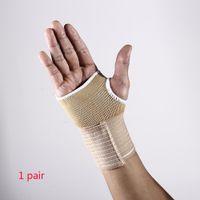 grüne led-armbänder großhandel-Freie Größe Breathable Protect Bike 1 Paar 2PCS Sport Outdoor Handschuhe Hände Handguard Hand Guards Lightweight Half Finger Elastic