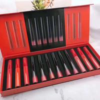 venta de lápiz labial negro al por mayor-Marca Negro Rojo Tubo Gloss Lip Gloss Set 12pcs larga duración Kit de maquillaje del lápiz labial Caja de regalo de la marca de cosméticos de la venta caliente
