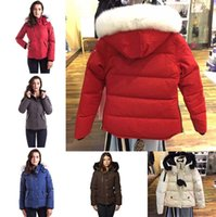 parka abrigos para mujer prendas de vestir exteriores al por mayor-Top mujeres del invierno abajo Parkas capucha Canadá Chaquetas de las mujeres Cremalleras Diseñador capa de la chaqueta de abrigo esquimal al aire libre de la mujer caliente