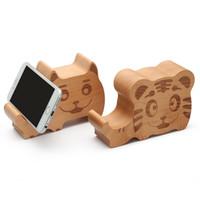 ayakta duran telefon fili toptan satış-Karikatür Fil Maymun kaplan Köpek Domuz Civciv Balina Ahşap Bluetooth Hoparlör ile telefon standı, hayvan cep telefonu tutucu ahşap parantez ...