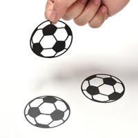 sportkindergarten großhandel-Personalisierte Fußball Fußball Ball Wandaufkleber Sport Jungen Schlafzimmer Kunst Vinyl Wandaufkleber für Kinderzimmer Kinderzimmer Dekor
