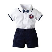 jungen säugling kleinkind stück anzüge großhandel-Kurzarm Boy Baby drei Stück Set T-Shirt + Krawatte + Hose Infant Suit Fashion Gentry Kinder Geschenk-Sets Kleinkind Tops und Hosen