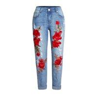 denim imprimé fleurs achat en gros de-2019 femmes trou jeans lâche 3D broderie déchiré pantalon en denim impression de fleur trou denim pleine longueur pantalon pantalon S / 3Xl K1010