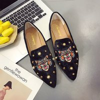 bayan fişleri toptan satış-Kadınlar Düz Ayakkabı Rahat Tek Bez Ayakkabı Üzerinde Kayma Lady Loafer Sivri Burun Moda Artı Boyutu Espadrilles Kadın Ayakkabısı yeni