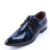 мужские цветы оптовых-Bright Leather Men Dress Shoes  Fashion Groom Wedding Shoes Flowers Print Pointed Toe Lace Up Men Business 38-48