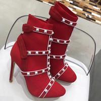 schwarze bootie fersen schuhe großhandel-Trendy Black Studded T-Verschluss Schnürschuh Gladiator Schuhe Spike Heels Damen Out Ankle Bootie