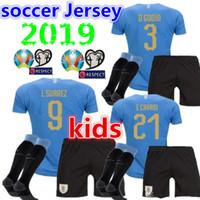 camisetas de fútbol de uruguay al por mayor-2019 2020 niños Uruguay casa Fútbol Jerseys calcetines C.STUANI 19 20 niño D.GODIN Uruguay L.SUAREZ DE ARRASCAETA E.CAVANI Equipo de fútbol Camiseta