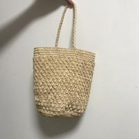 ingrosso imballaggio per cannucce-Super seabob 2019 nuovo modello moda piccola paglia intrecciata secchio pacchetto conciso manuale scava fuori borsa borsa donne DA217