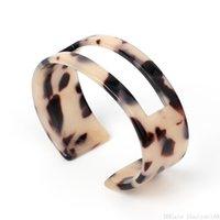 boho-manschettenarmband großhandel-Leopard Harz Manschette Armband hohle Boho Acryl offen Armreif für Frauen Vintage Hochzeit Partei Anweisung Armbänder Schmuck Weihnachtsgeschenk