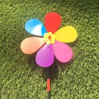 girassol de brinquedo de plástico venda por atacado-Forma Girassol Pinwheel Springouting Colorido Adorável Ao Ar Livre Brinquedos Dos Desenhos Animados DIY Auto-montagem de Plástico Moinho de Vento Brinquedos Para As Crianças