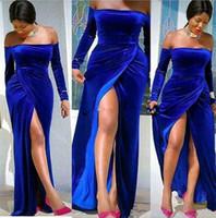 kraliyet mavi kadife balo elbisesi toptan satış-Kraliyet Mavi Kadife Yan Bölünmüş Seksi Gelinlik Modelleri Uzun Kollu Bateau Boyun Akşam Parti Abiye Örgün Artı Boyutu