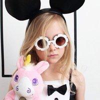 ingrosso ragazze ragazze bicchieri-Cute Sun Flower Round Occhiali da sole per bambini Sun Flower Child Glasses con occhiali da sole protezione UV Girls Boys Oculos De Sol spedizione gratuita