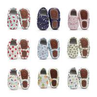 bebek özel ayakkabılar toptan satış-Yeni Baskılı PU Deri Bebek Ayakkabı Saçak Bebek Moccasins El Yapımı Toddler Özel Logo Ayakkabı Prewalker İlk Walker Toptan Sert Taban
