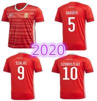 equipes de futebol jerseys vermelhos venda por atacado-2020 2021 Hungria camisa de futebol Início Red 20 21 da equipe nacional uniformes de futebol Dominik Szoboszlai Willi Orban Tamas Kadar camisas topo Tailândia