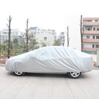 güneş gölge araba ücretsiz gönderim toptan satış-ÜCRETSIZ kargo 1 adet Evrensel Tam Araba Vücut Kapakları Kar Buz Toz Güneş UV Gölge Kapak Işık Gümüş Oto Araba Açık Kapalı Koruyucu Kapakları
