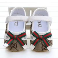 garoto gancho venda por atacado-Novos sapatos de bebê menina bonito princesa bowknot kid antiderrapante em sapatos 0-18 meses da criança berço gancho loop primeiros caminhantes b11