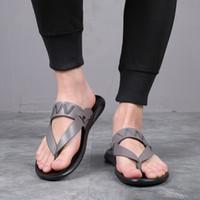 kore erkek sandalet toptan satış-Eur38-44 erkek terlik moda dış giyim yaz aylarında terlikler flip-flop 2019 Kore versiyonu terlik sandalet kişilik SANDALS BEACH SHOES