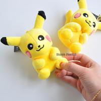 ingrosso borsa di tipo ragazza-10CM Pikachu peluche portachiavi Un nuovo tipo di Pikachu seconda generazione peluche Chiusura a scatto peluche portachiavi giocattoli ragazze borsa auto fibbia