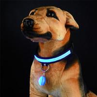 ingrosso collare di cane luminoso-Pet Night Safety LED Cat Dog Collar Leads Lights Ciondolo incandescente Collana Pet Bright Bright Glowing Collar in Dark
