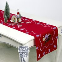 Christmas Table Runner Uk.Shop Elegant Christmas Table Runners Uk Elegant Christmas