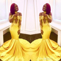 vestidos de formatura de sereia amarela longos venda por atacado-Elegante Amarelo Fora Do Ombro Do Laço Vestidos de Baile 2019 Barato Formal Mangas Compridas Sereia Apliques De Cetim Árabe Vestidos de Noite Plus Size
