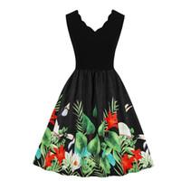 e3af73bfd7 Women Plunge V Neck V Back Scalloped Sleeveless Sundress Spring Summer  Flamingo Tropical Leaf Print Casual Vintage Dress Green