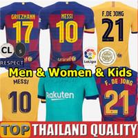 camisas amarelas para mulheres venda por atacado-novas fontes 2019 2020 camisetas de futebol Barcelona 19 20 Barca Messi conjunto de camisa de futebol GRIEZMANN DE JONG Rakitic GK homens kit crianças uniformes